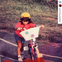 World Champion Women Elite @janinejungfels taking it back to where it all started!   #Repost @janinejungfels with @repostapp. ・・・ Underwood BMX track. Where it all started. Pink bikes& flower baskets...those were the days! #coolkid #youngJ9 #whenbasketswerecool #stackhat #nostalgia #thatshowiroll  #worldcuptrialantwerp #biketrial